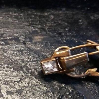 Open Plaats - Dag van De Kringwinkel: juwelen op zolder