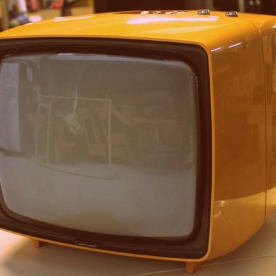 Open Plaats - Retrodag 2019: oude tv in De Kringwinkel