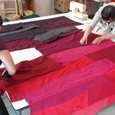 Open Plaats - gordijnen naaien van oude jeans