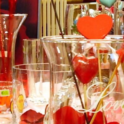 Open Plaats - Valentijn cadeau en decoratie in de kringloopwinkel