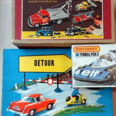 Open Plaats - retro speelgoedauto's in de kringloopwinkel
