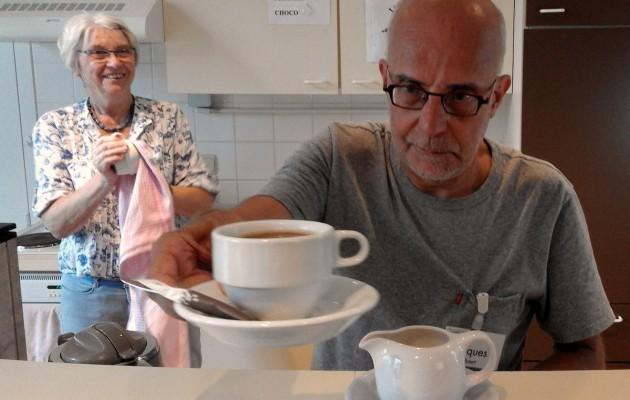 Open Plaats In de Sociale Dienst Open Plaats krijgen mensen in armoede een warm onthaal, met een kopje koffie, een gesprek, een voedselpakket op maat.