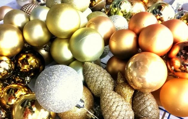 Open Plaats tweedehands kerstballen